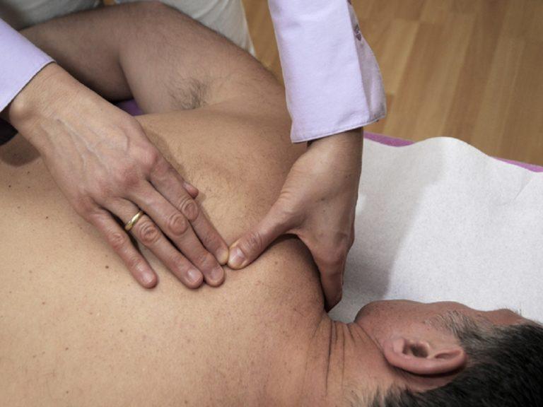 Rücken - und Gelenkschmerzen mit Bowen-Therapie behandeln